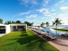 The Bale Phnom Penh Resort, отель в Пномпене