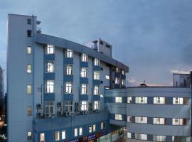 Sri Aarvee Hotels, hotel in Coimbatore