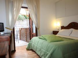 La Magnolia Sorrento, hotel in Sorrento