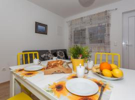 Apartment Dome, room in Biograd na Moru