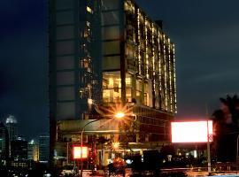 Aston Bellevue Radio Dalam, hotel in Jakarta