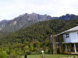 Mesilau Mountain Retreats, holiday home in Kundasang