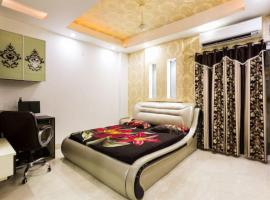 The Penthouse, apartment in New Delhi