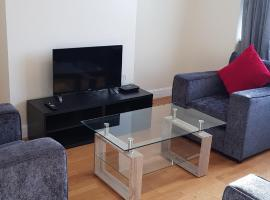 Elegant and spacious 2 bedroom, self catering accommodation in Barnet