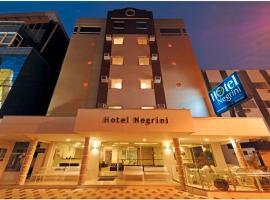 Hotel Negrini, hotel in Balneário Camboriú