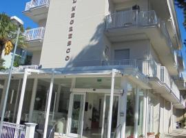 Hotel Negresco, hotel near Viale Ceccarini, Riccione