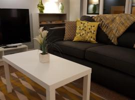 Three Bedroom House Pet Friendly Superfast Wifi 200mbps, hotel near Scottish Triathlon Association Ltd, Stirling