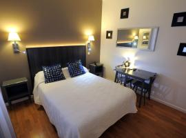 Hotel Italia, hotel near Tours Loire Valley Airport - TUF, Tours