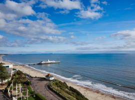 Bournemouth Highcliff Marriott Hotel, hotel em Bournemouth