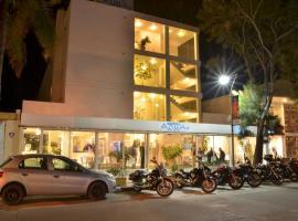 Aqua Hotel, hotel en Punta del Este