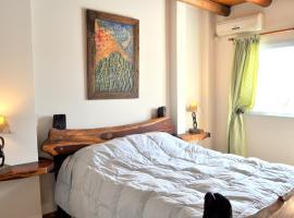 Complejo Abaurrea, hotel near Achaval Ferrer Florida De Tupungato Winery, Mendoza
