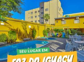 Hotel e Pousada Caroline, hotel in Foz do Iguaçu