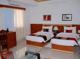 The Bodhgaya Hotel School, hotel in Bodh Gaya