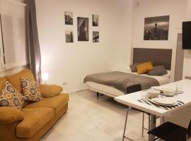 Alcazaba Home City Centre, self-catering accommodation in Málaga