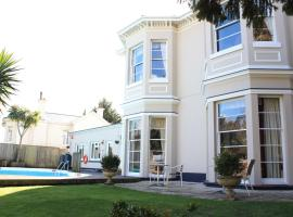 The Marstan Guesthouse, hotel with jacuzzis in Torquay