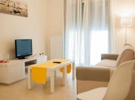 Cozy Bright Apartment, hotel near Stavros Niarchos Foundation Cultural Center, Athens