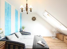 Sorompó Vendégház, homestay in Balatonkenese