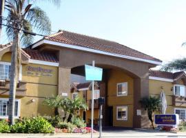 Sunburst Spa & Suites Motel, motel in Los Angeles