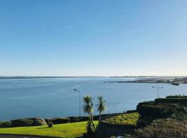 Wildwood Lodge, place to stay in Carlingford