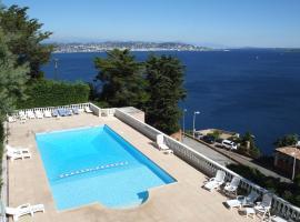Association Villa Saint Camille, hotel near Aiguille Beach, Théoule-sur-Mer