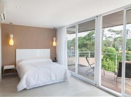 2122 Hotel Art Design, hotel in Punta del Este