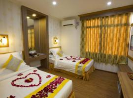 Orient Hotel Mandalay, отель в Мандалае