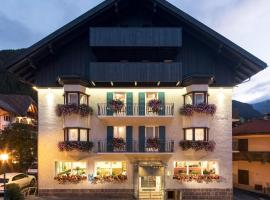 Hotel Garni Planaces, hotel a Ortisei