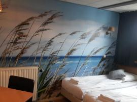 Hotel Velsen, hotel near Heemskerkse Golfclub, IJmuiden