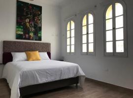Larq'a Park Rooms, B&B in Lima