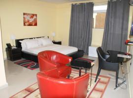 Pensão Malépo, hotel in Luanda
