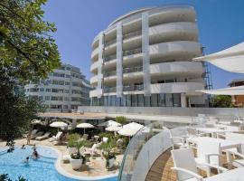Hotel Premier & Suites - Premier Resort, hotel in Milano Marittima