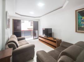Apartamento 3 quartos em Cabo Frio Rj perto da praia do Forte, hotel near Municipal Theater, Cabo Frio