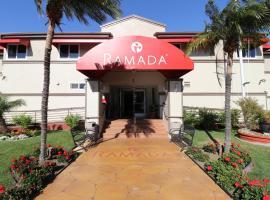 Ramada by Wyndham San Diego Airport, hotel in Point Loma, San Diego