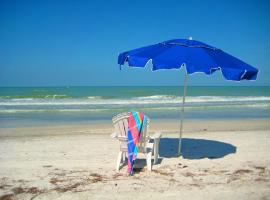 Salt and Sand Vacation Cottages, vacation rental in Clearwater Beach