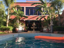 Villa La Zitoune, holiday home in Aghmat