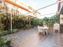 Vivienda Familiar con Jardin junto a Ifema, apartment in Madrid