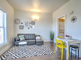 Renovated Bright 1 BR in the heart of Capitol Hill – APT B, apartment in Seattle