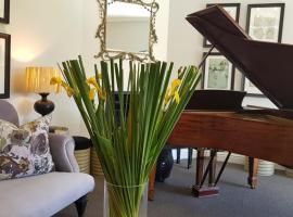 Quartet Hotel and Garden Suites, hotel in Plettenberg Bay