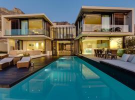 Serenity Villa Camps Bay, hotel 5 estrellas en Ciudad del Cabo