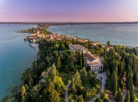 Villa Cortine Palace Hotel, hotel near Terme Sirmione - Virgilio, Sirmione