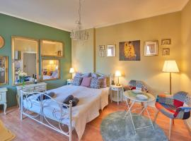 Old City Romantic Studio, hotel in Pula