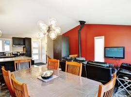 Condo 88 Chemin des Alpages by Les Chalets Alpins, hotel in Stoneham