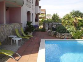 Family friendly apartments with a swimming pool Rovinj - 3394, hotel with pools in Rovinj
