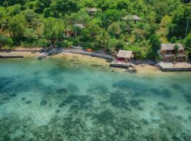 Tanjungan Bukit, family hotel in Gili Gede