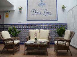 Hotel Doña Lina, hotel cerca de Plaza de España, Sevilla