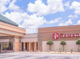 Ramada by Wyndham Macon, hotel in Macon