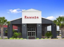 Ramada by Wyndham Del Rio, hotel in Del Rio