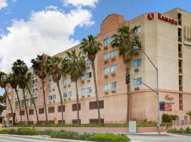 Ramada by Wyndham Hawthorne/LAX, hotel in Hawthorne