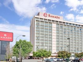 Ramada by Wyndham Reno Hotel & Casino, Hotel in Reno