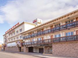 Ramada by Wyndham Elko Hotel at Stockmen's Casino, hotel in Elko